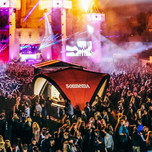 Aufblasbare Zelte Signus One Festival