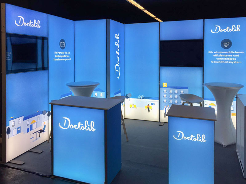 Doctolib LED Messestand LUMIN8