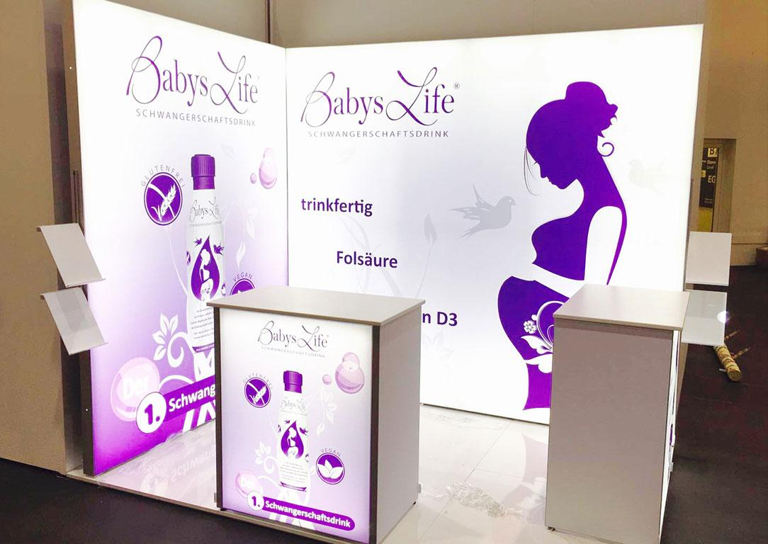 Baby's Life LED Messestand LUMIN8