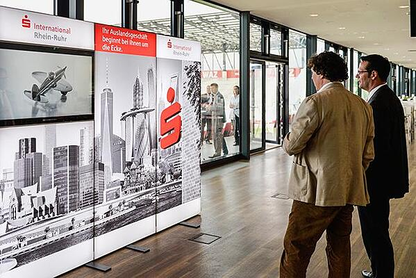 Sparkasse International Messewand